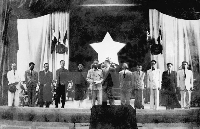 President Ho Chi Minh during French resistance war hinh anh 3
