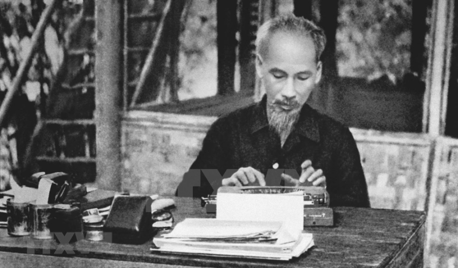 President Ho Chi Minh – founder of Vietnam's Revolutionary Press hinh anh 7